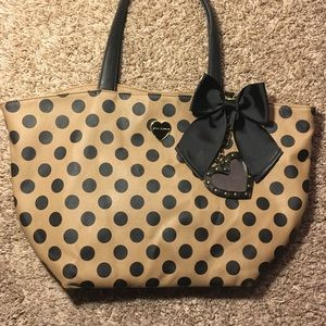 Betsey Johnson tote - used